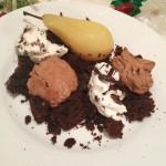 Nytårsdessert – Syltede pærer på chokoladebund