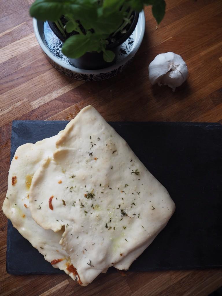 Glutenfri hvidløgsbrød