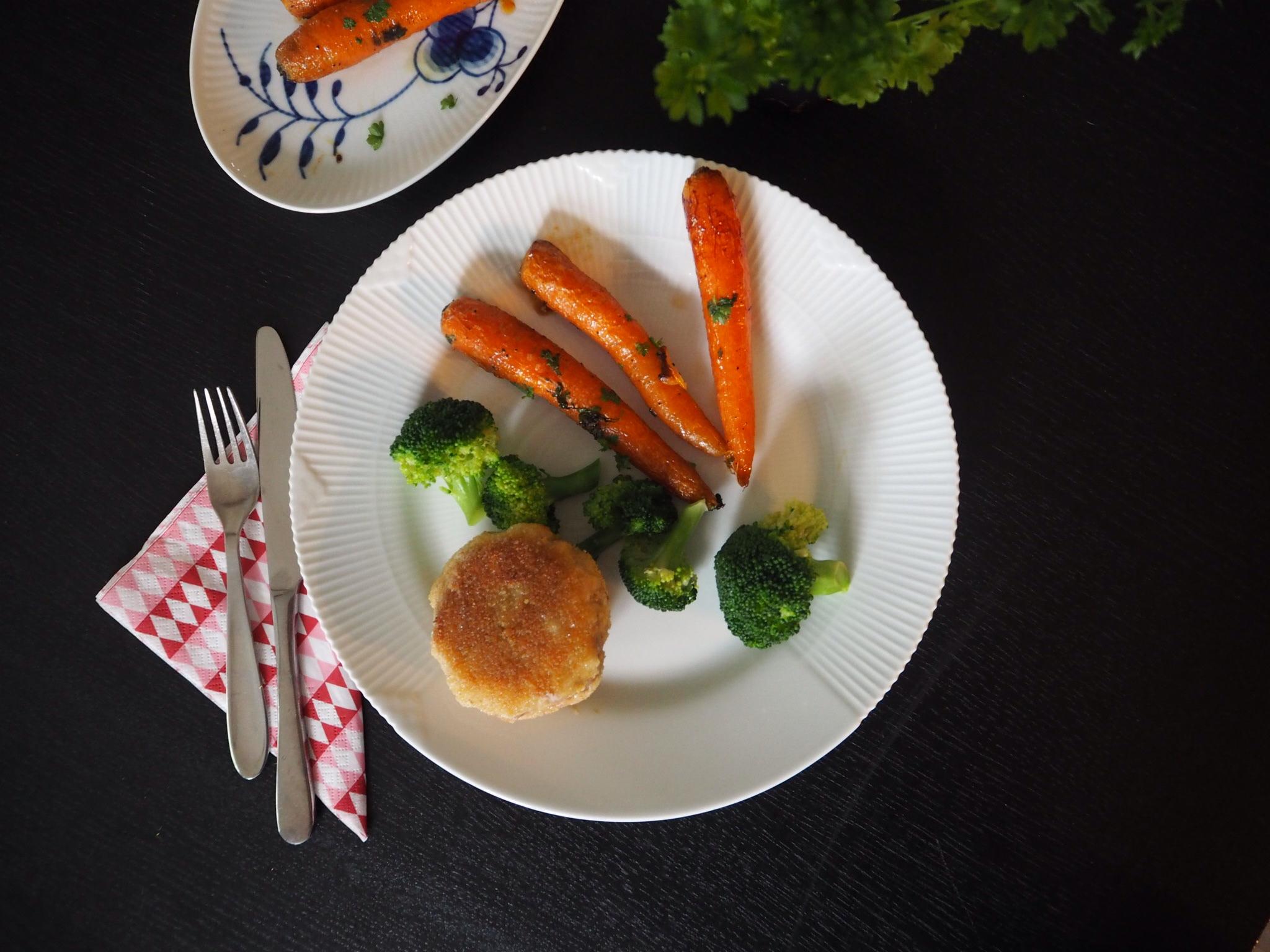 Glutenfri karbonader og honningristede gulerødder