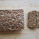 Glutenfrit 'rugbrød' med få ingredienser